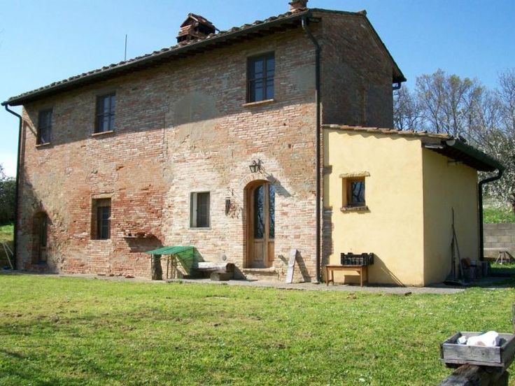 Property for sale in Tuscany, Pisa, Palaia, Italy - Italianhousesforsale - http://www.italianhousesforsale.com/view/property-italy/tuscany/pisa/palaia/3334727.html
