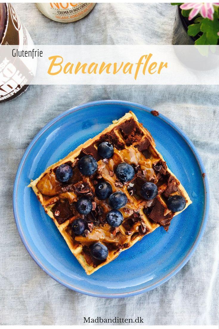 Lækre, glutenfrie vafler med banan og havregryn - perfekt morgenmad til træningsdage.
