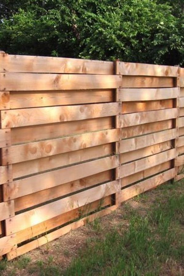 Interesting Diy Projects Pallet Fence Design Ideas 14 20 Incredible Diy Privacy Fence Ideas In 2020 Fence Landscaping Backyard Fences Diy Privacy Fence