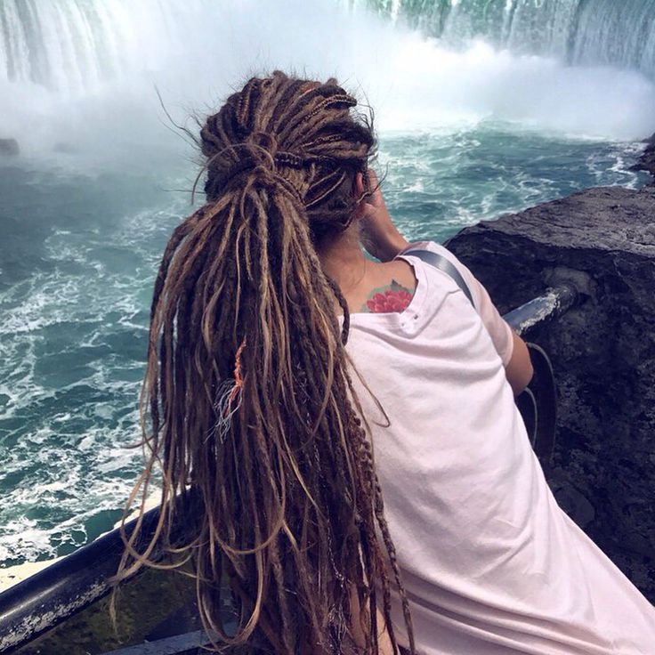 Hi Guys, I have a good news☺️ I'm going to visit Amsterdam from 14 to 22 November. I will be glad to make and install the best dreads for…