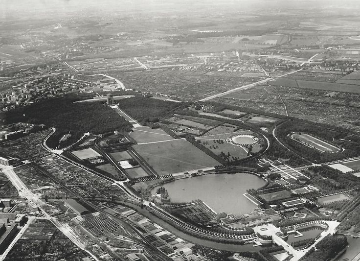 Aerial view of Hamburgs City Park, ca. 1932