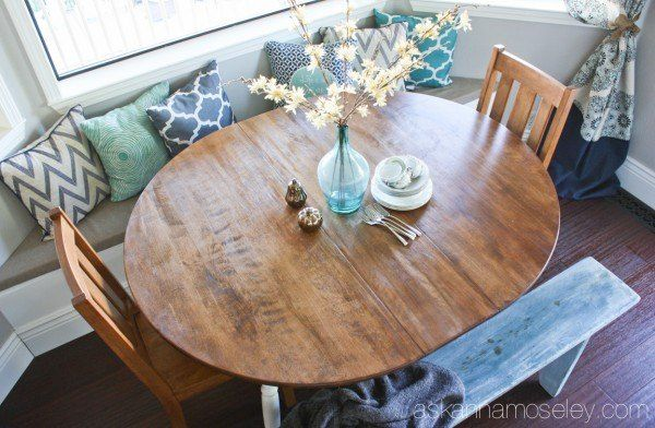 Breakfast+Nook+Table+Makeover