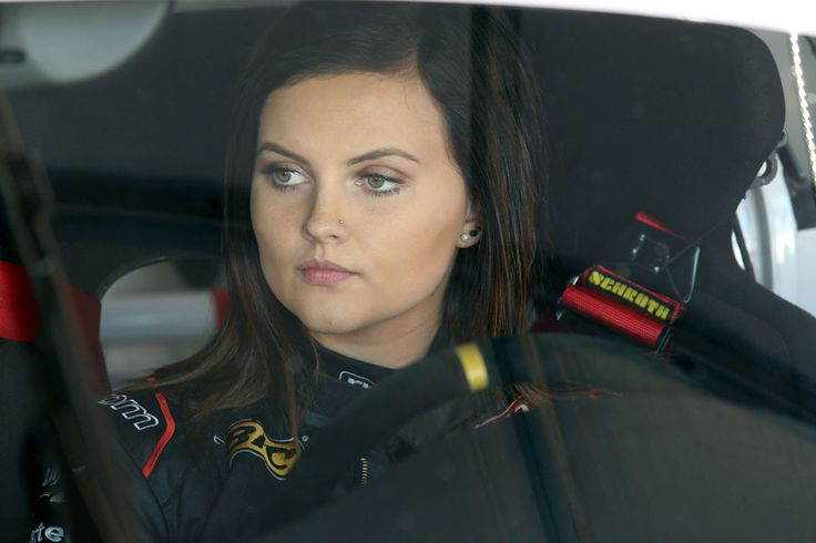 19-year-old racing driver Renee Gracie will enter the world of V8 Supercars in 2015 - You go girlfriend!
