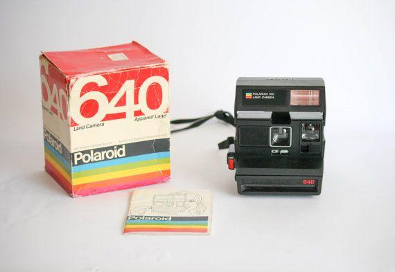 Macchina fotografica Polaroid vintage 640  con di DoubleRandC