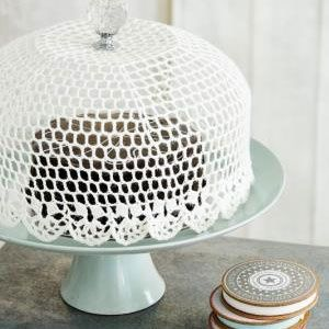 How to make an adorable crocheted cake dome on Women 24