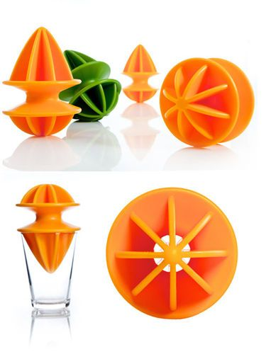 Citranger by Plastica via food52: Double sided juicer, one side for oranges and grapefruit, the other for lemons and limes. $20 #Juicer #Citranger #Plastica: Citrang Juicers So, Doublesid Juicers, Side Juicers, Food, Citrange Juicers, Juicers 20, 20 Juicers, Double Side, Juicers Citrang