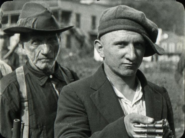 Two members of the miners Redneck Army after the Battle of Blair Mountain the largest labor uprising in US history (1921) http://ift.tt/2zuaocF