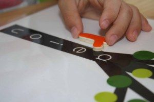 Have you ever used a Vowel Tree in your school room? A Vowel Tree helps children developthe pre-reading skill, word blends. Ifa Vowel Treeis new to you, here are a few tips. Start by placin...