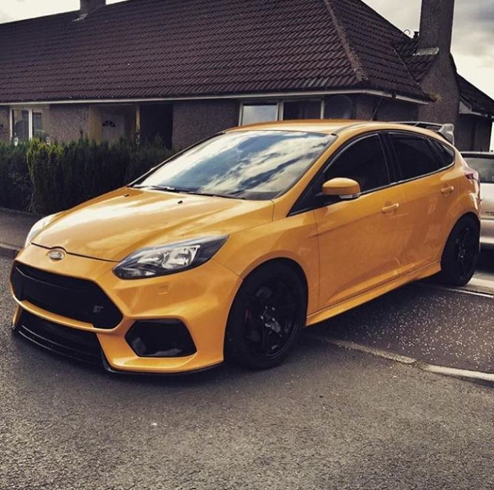 Ford Focus ST                                                                                                                                                                                 More