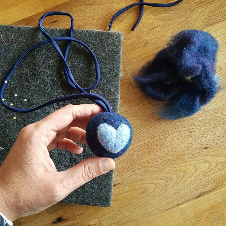 Enjoy this custom made felted necklace, Pomponcina is the first healing necklace with a squeezable pom pom filled with lavender essence. 100% organic wool! #healinggift #selfcare #etsy #nostress #stressfree #christmasgift