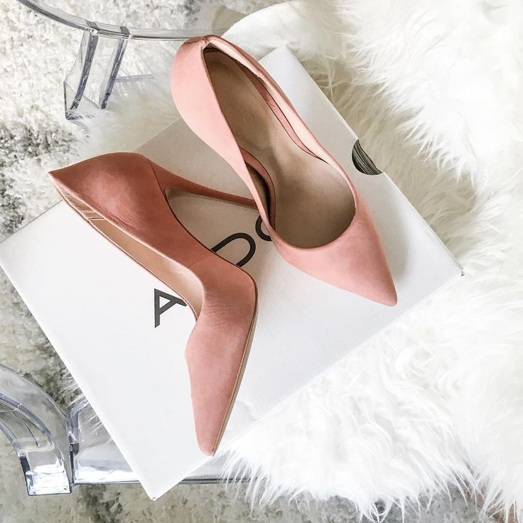 Precious - The Aldo Cassedy heels in pink. Photo by @uptownwithellybrown