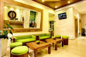Nice interior design of Whiz Hotel, Jogjakarta, Indonesia   ------------------------------------ Penataan interior yang menyenangkan di Hotel Whiz, Jogjakarta, Indonesia