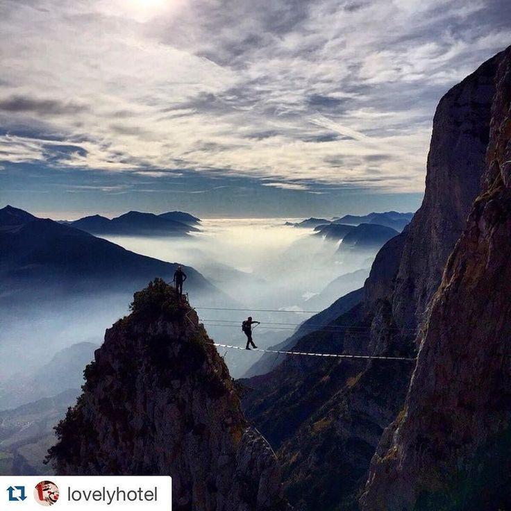 #Repost @lovelyhotel  #ferratadelleaquile #paganella #trekking #panoramimozzafiato #equilibrio @trentinodavivere