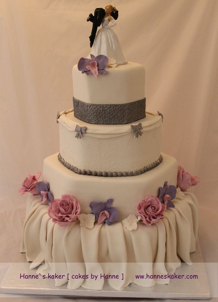 wedding favors and decorations 24 best wedding cakes images on amazing 9454