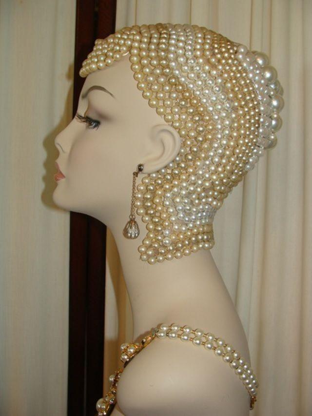 Visual Merchandising | Display: Art Deco inspired mannequin head
