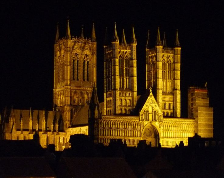 """""""Lincoln Cathedral"""" by JudiJ at PicturesofEngland.com"""