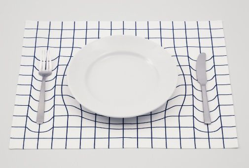 trick mat optical illusion placemat