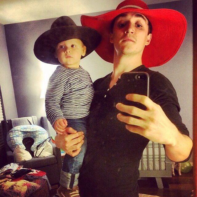 Kyle Gallner hanging out with his son :) | Hollywood Life ...