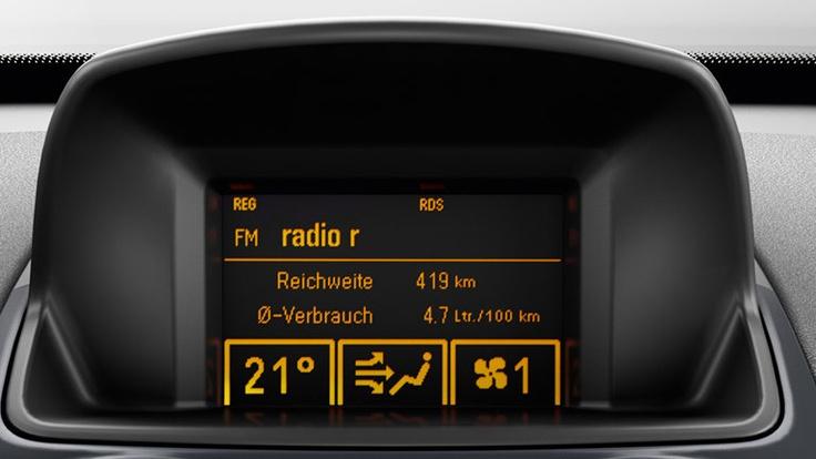Opel Corsa 3 puertas, seguridad  - Barras Laterales en Puertas - Cinturones de Seguridad de Tres puntas - Doble Airbag - Frenos ABS con EBD en las 4 ruedas.