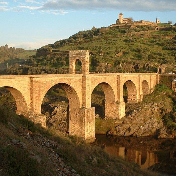 The Alcantara Bridge in Spain is a must see on your Spanish honeymoon! Incredible!
