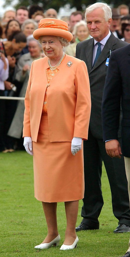 Queen Elizabeth, 2004...proof that the queen does own more than one pair of shoes.
