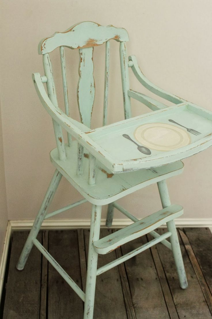 Vintage wooden high chair - Painted Vintage High Chair I Like The Idea To Paint On The Top Where Spoons And