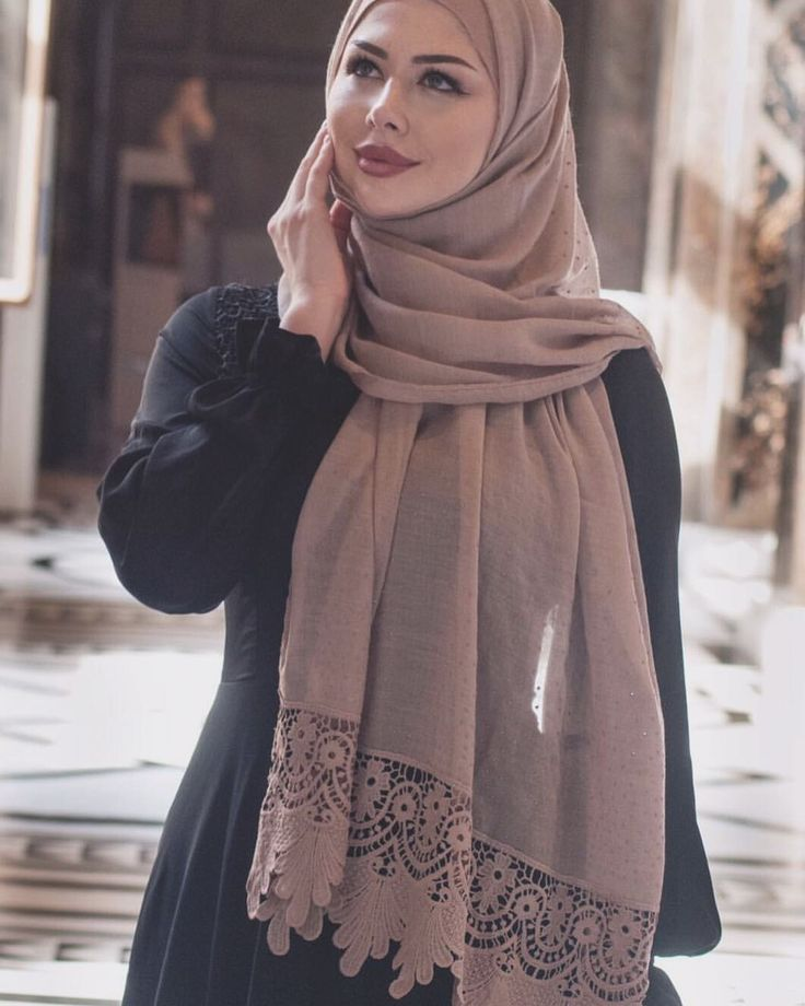 """3,226 Likes, 5 Comments - IREM♛ (@asiyemx) on Instagram: """"Wunderschöne Hijab's und günstige Preise bei @withlove.aisha"""""""