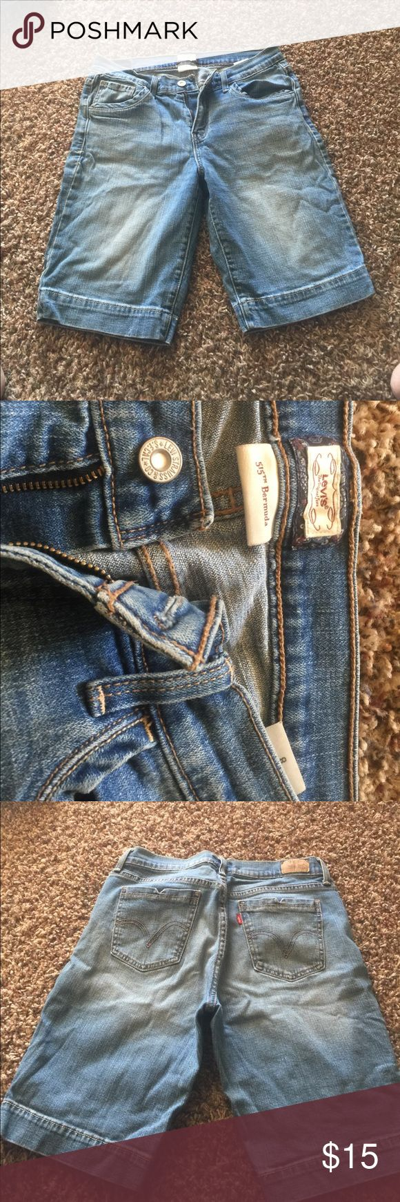 """Levi Bermuda demon shorts size 8 No stains naturally a worn look.  Inseam 10"""" levi Shorts Jean Shorts"""