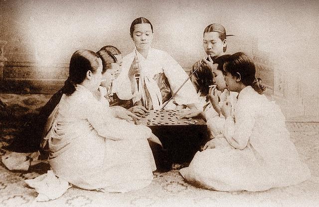 OLD KOREA - LAND OF THE MORNING CALM -- Smokin', Gamblin', and Gossiping by Okinawa Soba, via Flickr
