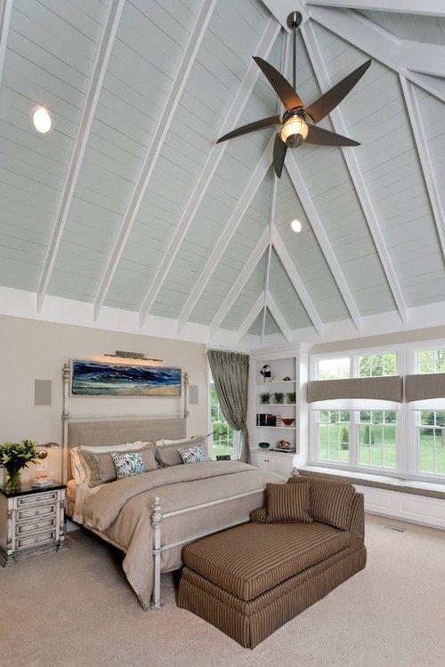 Grüne Gewölbe Dieses Master Schlafzimmer Macht Eine Große Leinwand Für  Weiße Ebenen, Die Einen