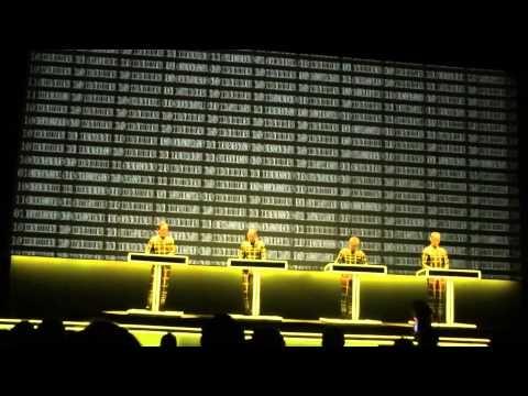 Kraftwerk-Numbers/Computer World (Live At The Tate Modern London 09/02/2013)