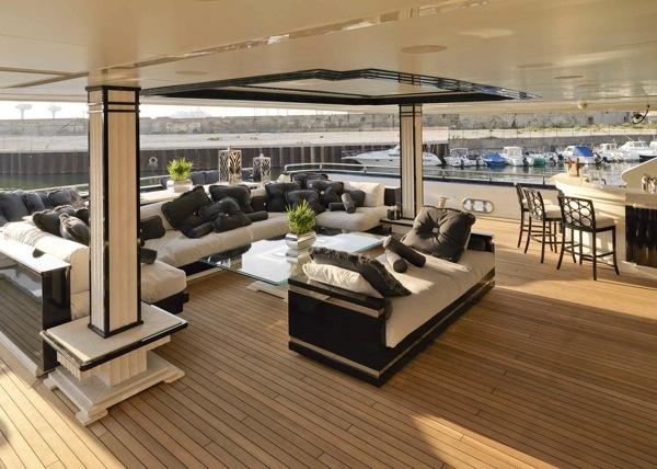 les 251 meilleures images du tableau yacht interiors sur pinterest yachts de luxe int rieur. Black Bedroom Furniture Sets. Home Design Ideas