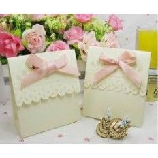 Flourish Favour Boxes - Pure White