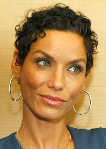 Short Curly Hairstyle Picture Nicole Mitchell Murphy Haircut