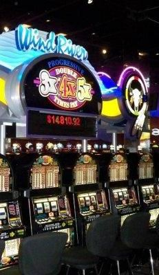 Top 10 Online Casinos list 2017! Reviews of the best online casino sites with top level customer support, fast payouts, best casino games and promotions. #casino #slot #bonus #Free #gambling #game