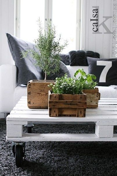 Upcycling Interiors: 10 Top Pallet Ideas | Love Chic Living | Love Chic Living