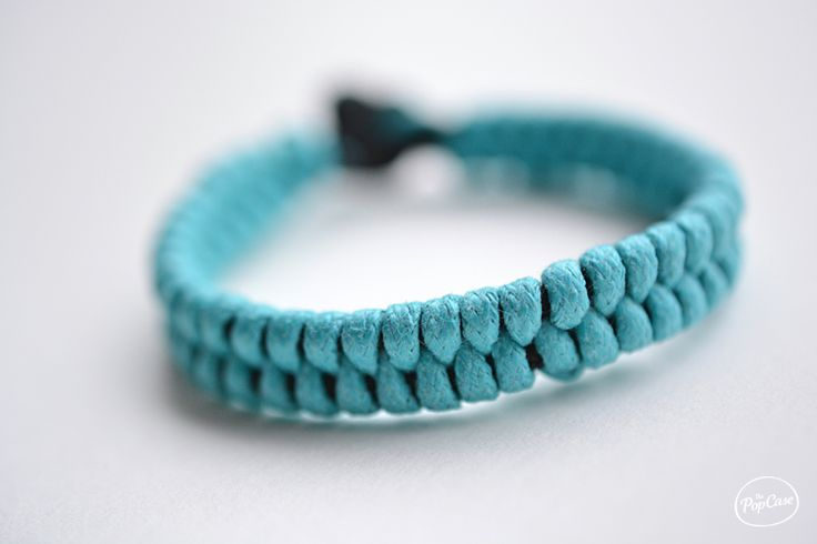 For that you will need: Equipment - Braided Bracelet - The PopCase 2 leather laces or cotton (120 cm). Here a black lace for the frame and a blue for braiding 1 pair of scissors 1 clip or tape From...