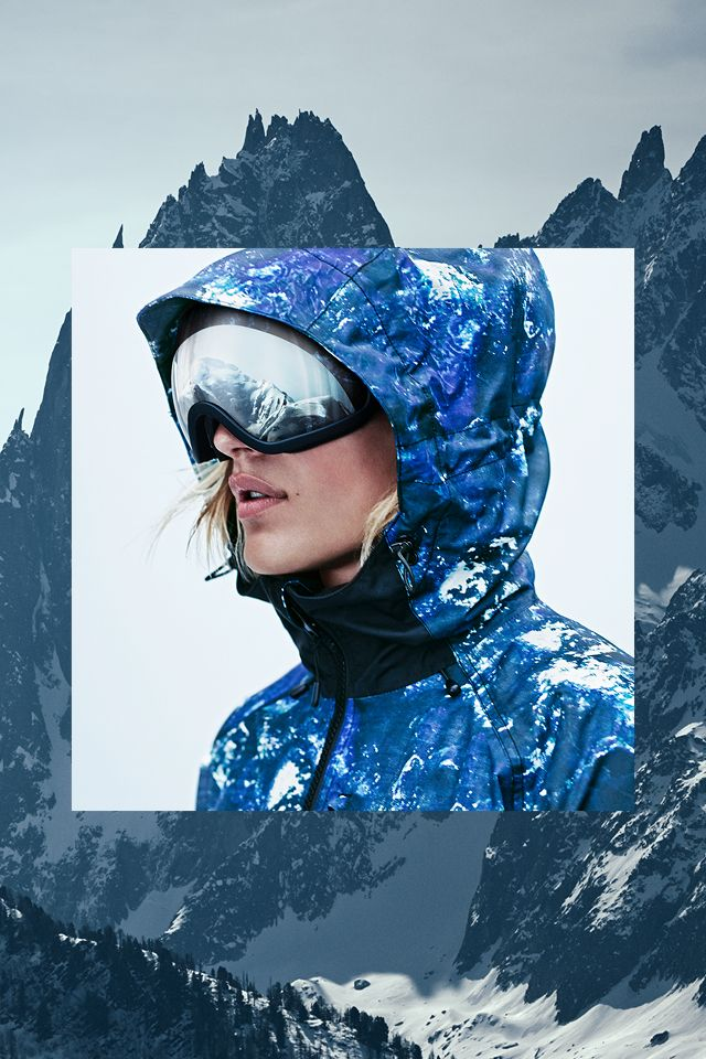 Padded ski jacket in tonal blue pattern with wind- and water-proof functional fabric. Lined hood, lift pass pocket, and ventilating mesh panels. | H&M Sport