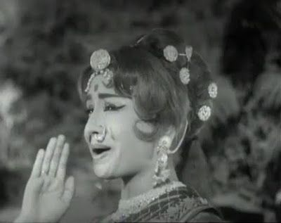"""Ek Meri Gali Ka Ladka"", an old hindi bhangra song, sung by Shumshad Begum & Mohd.Rafi, picturised on Helen from 1958 released movie ""Milan"" - Complete Lyrics"