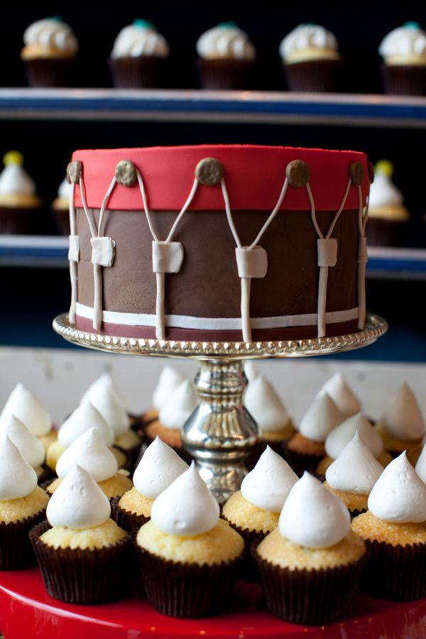 Best 25 Drum Cake Ideas On Pinterest Drum Birthday