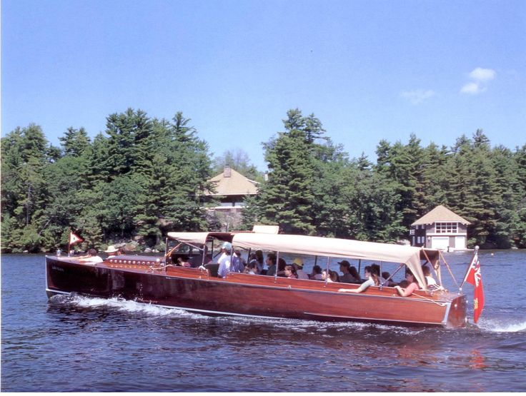 Lady Elgin Launch or Livery boats