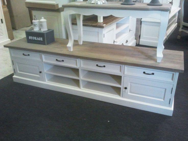 Landelijk OFF WHITE tv meubel met grey wash teaktop. 2 m. code; AW 172. | TV meubels | answoonshop