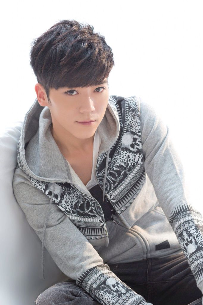Bii (Taiwanese singer/actor)