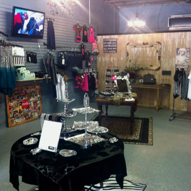Inside Addicted Couture Roanoke Tx Our Store Pinterest