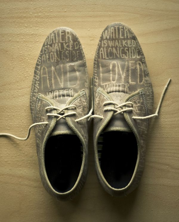 """When It Rains"" – Typography appears when the shoes get wet. (designer: Scott Wilson)"