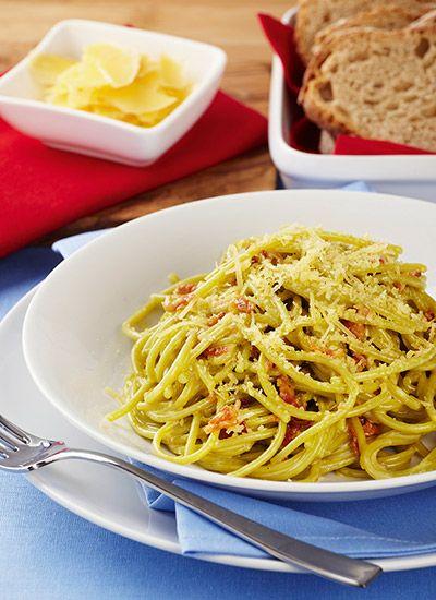 Espagueti verde a la carbonara