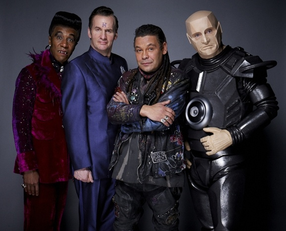 Exclusive Red Dwarf X Cast Photos