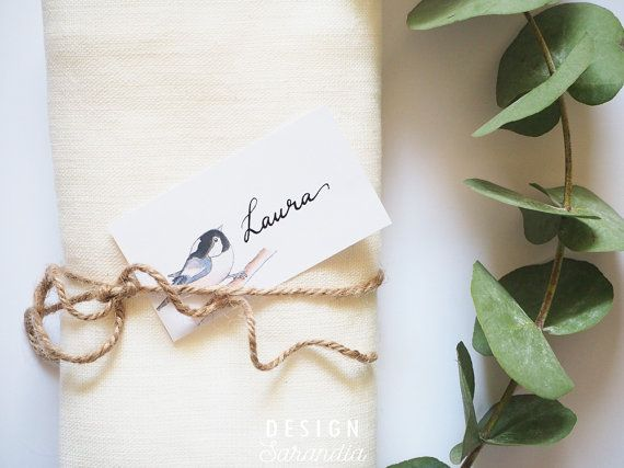 Cute place card printable with little birds. Perfect for rustic country weddings!