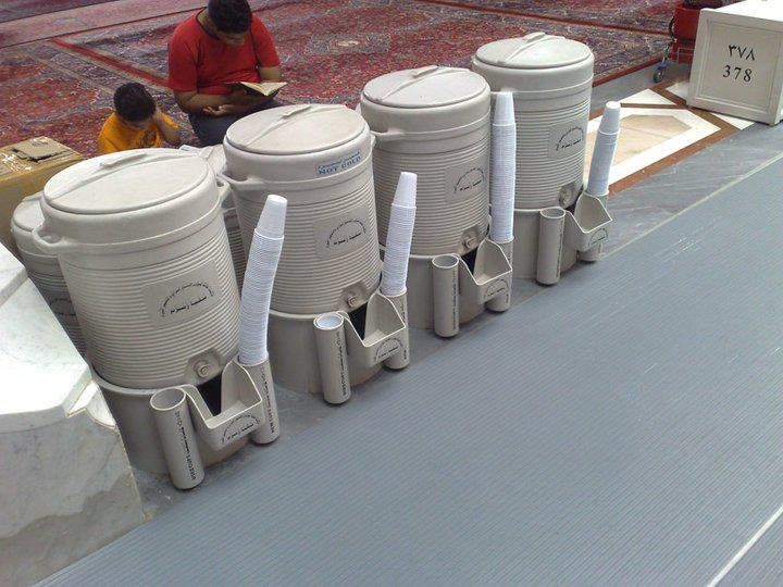 Refreshing Zam Zam Water - You see many of these containers/drink areas placed abundantly around in Masjidil Haram & Masjid Nabawi