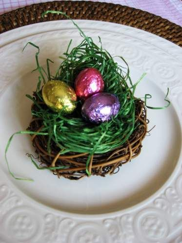 This is my last minute solution for simple Easter table decorations. I purchase mini grapevine wreaths, bundled in a 6 pack, from the craft store. They are really inexpensive and can be found even …